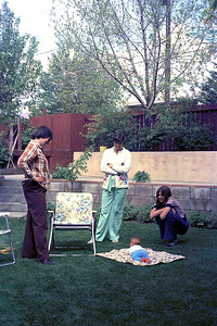 Vivienne Hudson, Jean Smythe, Ruth Hudson and Hilary Smythe, Calgary : summer 1977