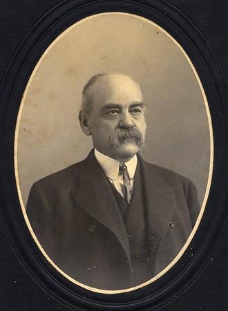 John Lewis (07037)