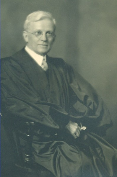 Honorable Aubrey Ellis Strode (06168