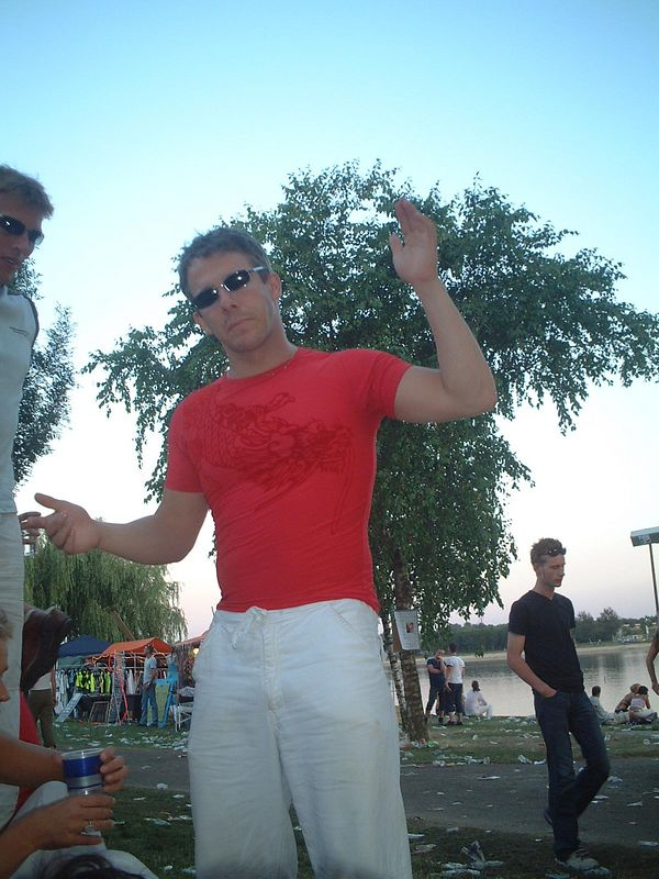 """July 2003, partying at <a href=""""http://dreams.smugmug.com/gallery/13846"""">Extrema Outdoor</a> with my friends"""