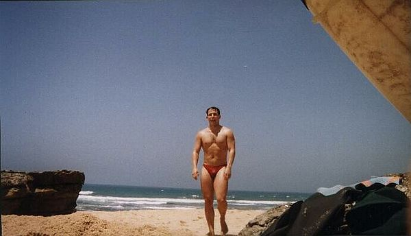 Jeeez, I gotta loose some weight (Summer 1997, Portugal, Ericeira)
