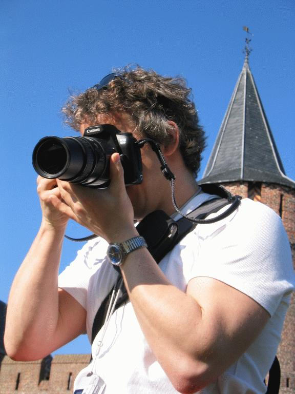 "The Photographer, near the <a href=""http://dreams.smugmug.com/gallery/2841"">Muiderslot</a>"