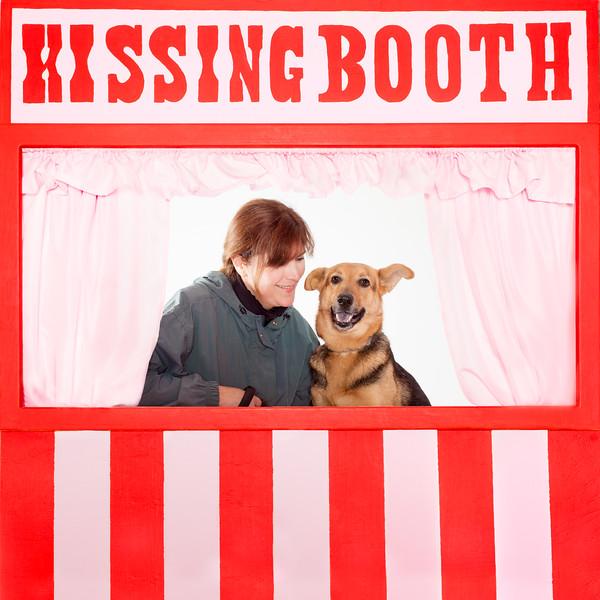 Prieta Kissing Booth - 3/29/17 - Mike Ryan