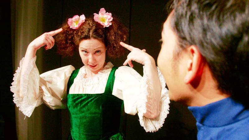 Blunder tells Dolt that she likes FLOWERS.<br /> Melanie Card, Arsenyk Ustaris