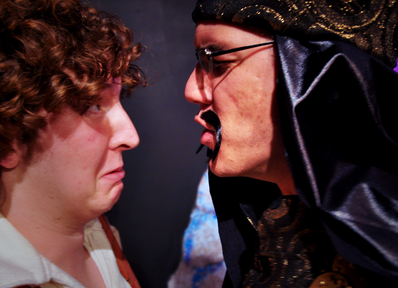 Abanaza explains to Aladdin how much he'll enjoy exploring the magic cave.<br /> Spencer Padfield & David Atos