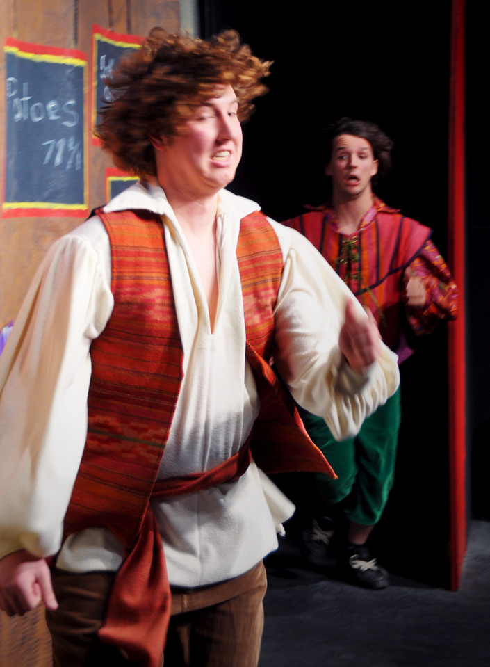 Aladdin and Wishy-Washy run for it.<br /> Spencer Padfield, Adam Cyr