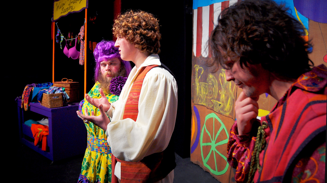 A thoughtful moment with Widow Twankey, Aladdin and Wishy-Washy<br /> Jonathan Dietrich, Spencer Padfield, Adam Cyr