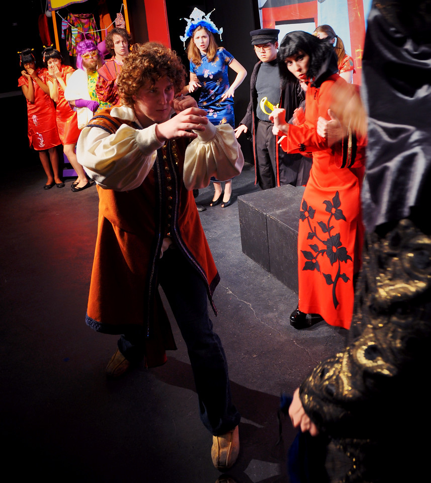 Aladdin tries to fight Abanaza as the Princess and her retinue look on.<br /> Visible L to R: Nadia Hayford, Selena Saba, Jonathan Dietrich, Adam Cyr, Spencer Padfield (Aladdin), Marijana Vorkapic (Princess), Henry Truong, Melanie Card, Katie Waters, David Atos (Abanaza, face unseen).