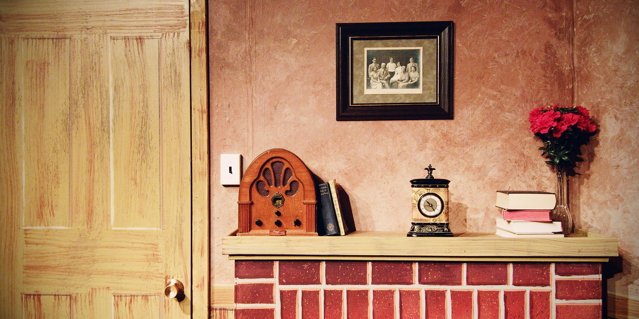 Set design by Jonny Arnold.   Set Painting by Mat Kelly.