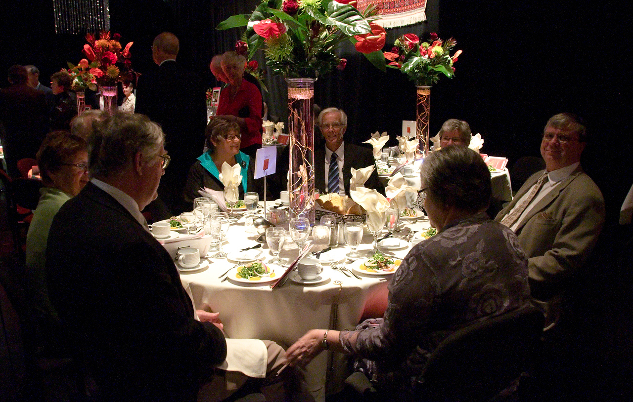 Guests at table 7.