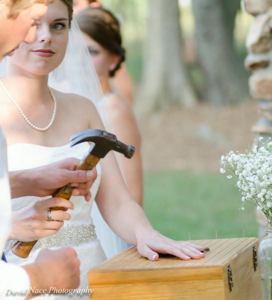 handing hammer over to t-1474