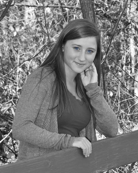 Kaylin Miller Senior 2015-128 edited