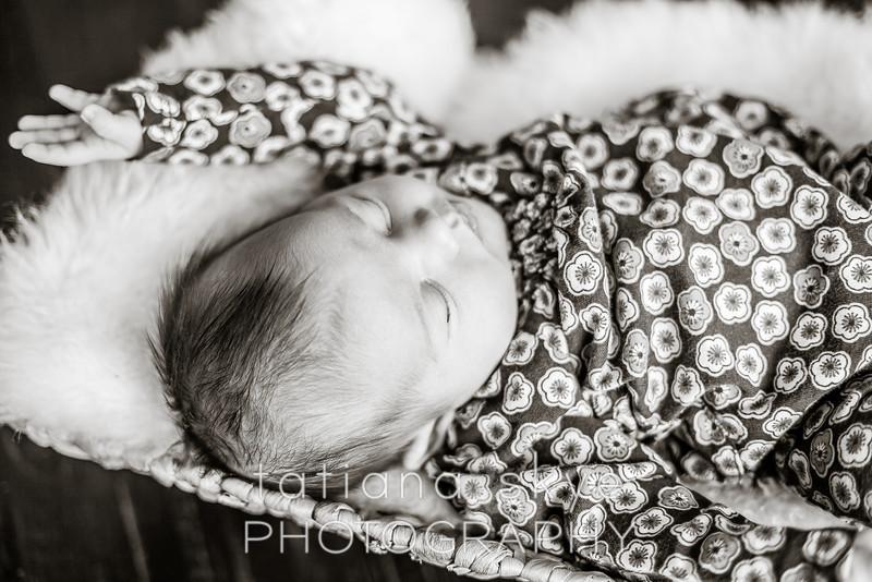 2014_0426_newborngrace_0044