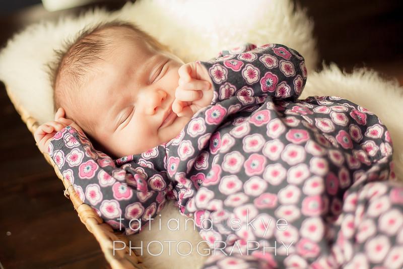 2014_0426_newborngrace_0036