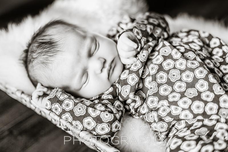 2014_0426_newborngrace_0038