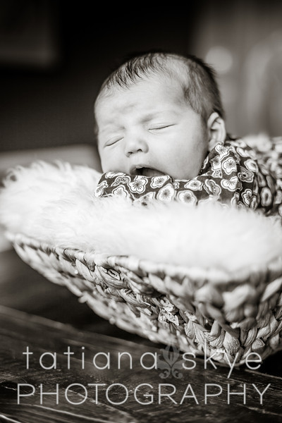 2014_0426_newborngrace_0058