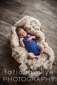 Newborn Charlotte