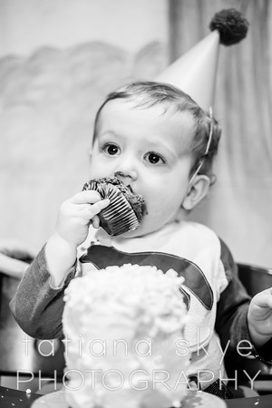 2015_0208_oliver1year_0718