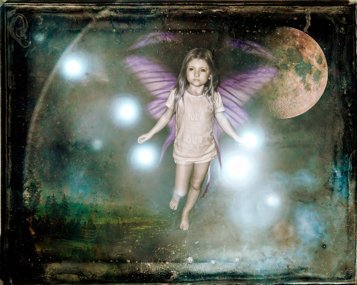 Fairy Vada Test. I used several photos to make this. I do not think it is where I want it, however it is pretty sweet considering what it came from. Chris