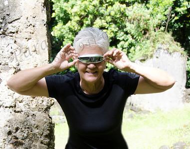 Lorraine Glasses 2 hands 4715PatL