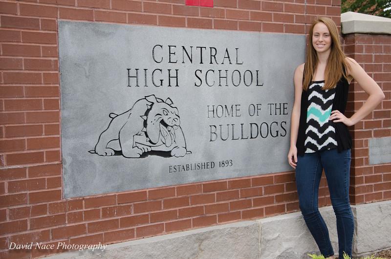 Lauren by front school sign-160
