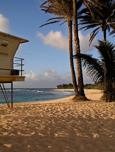 Sunset Beach Lifeguard Tower #25 North Shore of O'ahu, Hawai'i