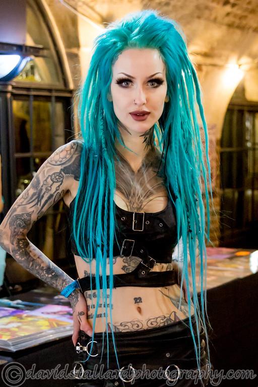 IMAGE: https://photos.smugmug.com/People/London-Tattoo-Convention-28-09-19/i-gvn6Fjq/0/1cc61ff0/XL/LTC%2028-09-19%200032-XL.jpg
