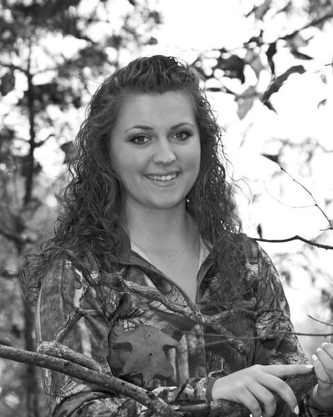 Lyndsi Mauck Senior 2015-49bw (400 of 1)