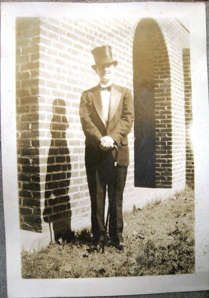 Formal Dress Gentleman (05097)