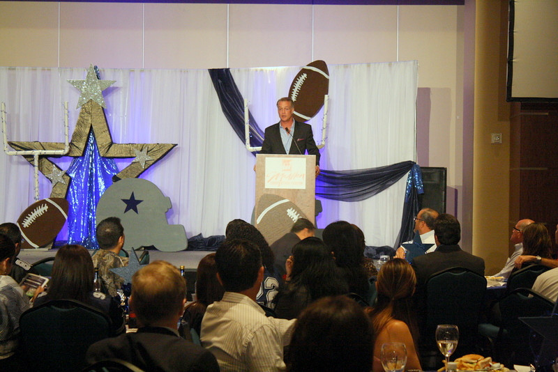 "Daryl ""the Moose"" Johnston addresses the crowd at this year's McAllen Chamber of Commerce Awards Banquet."