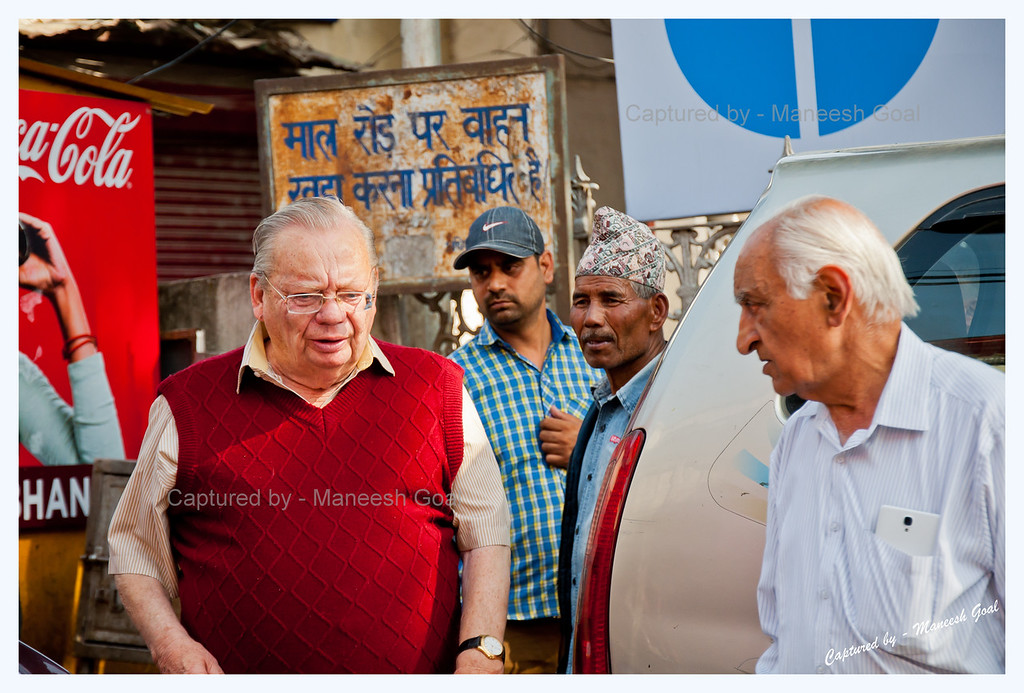Mr. Ruskin Bond arrives at the Cambridge Book Depot