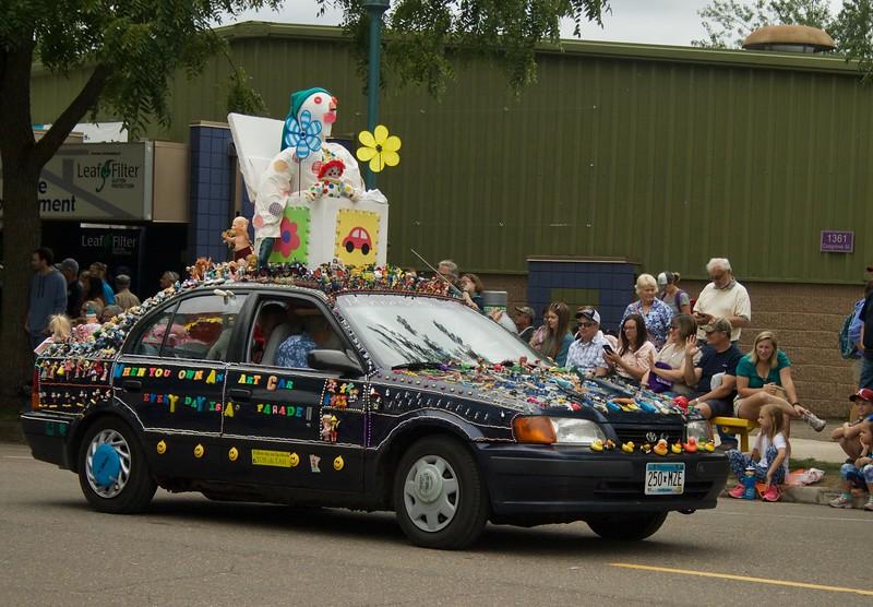 Parade 40