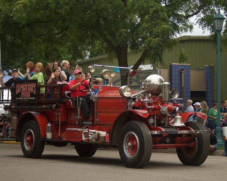 Parade 43
