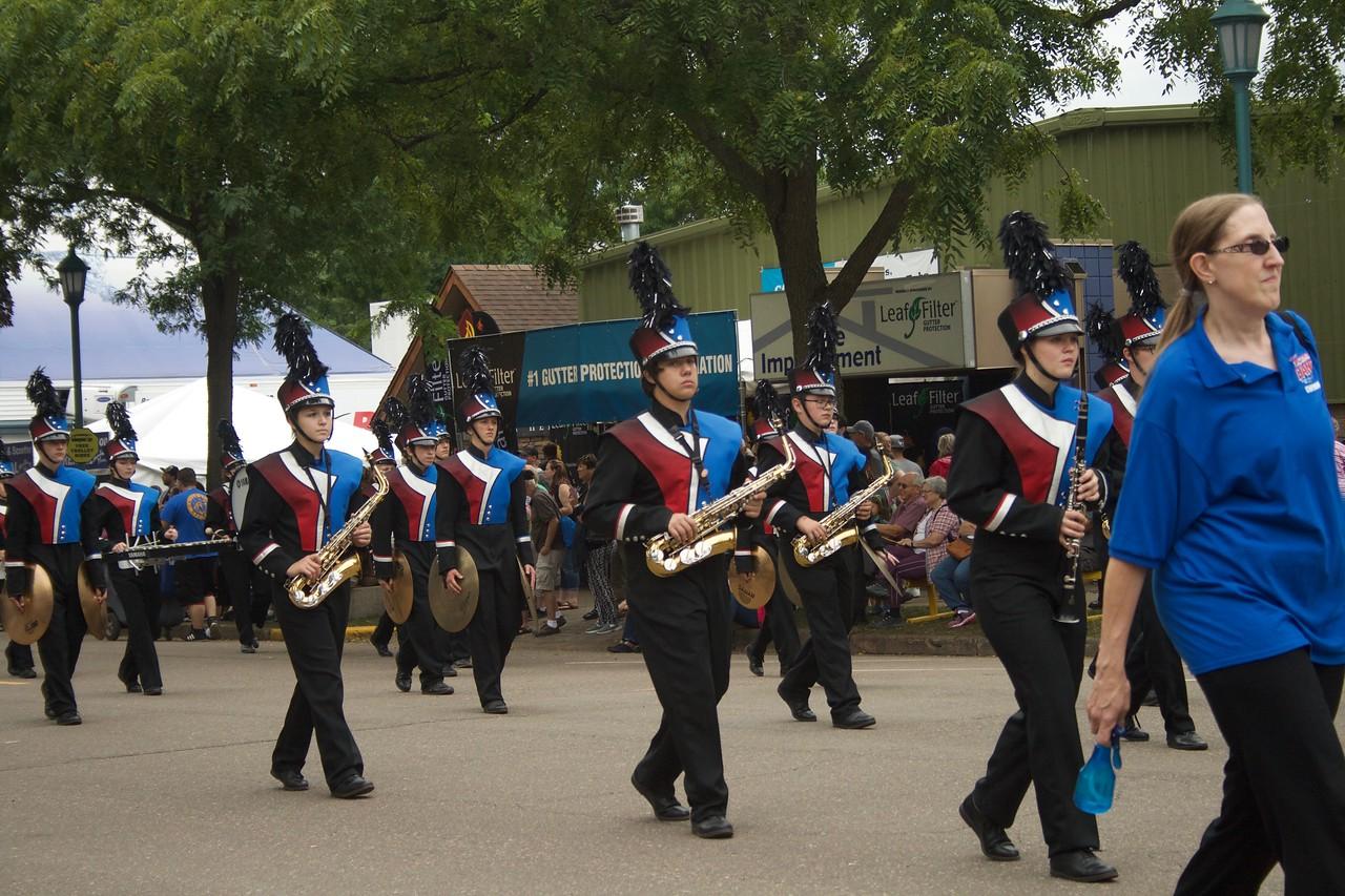 Parade 57