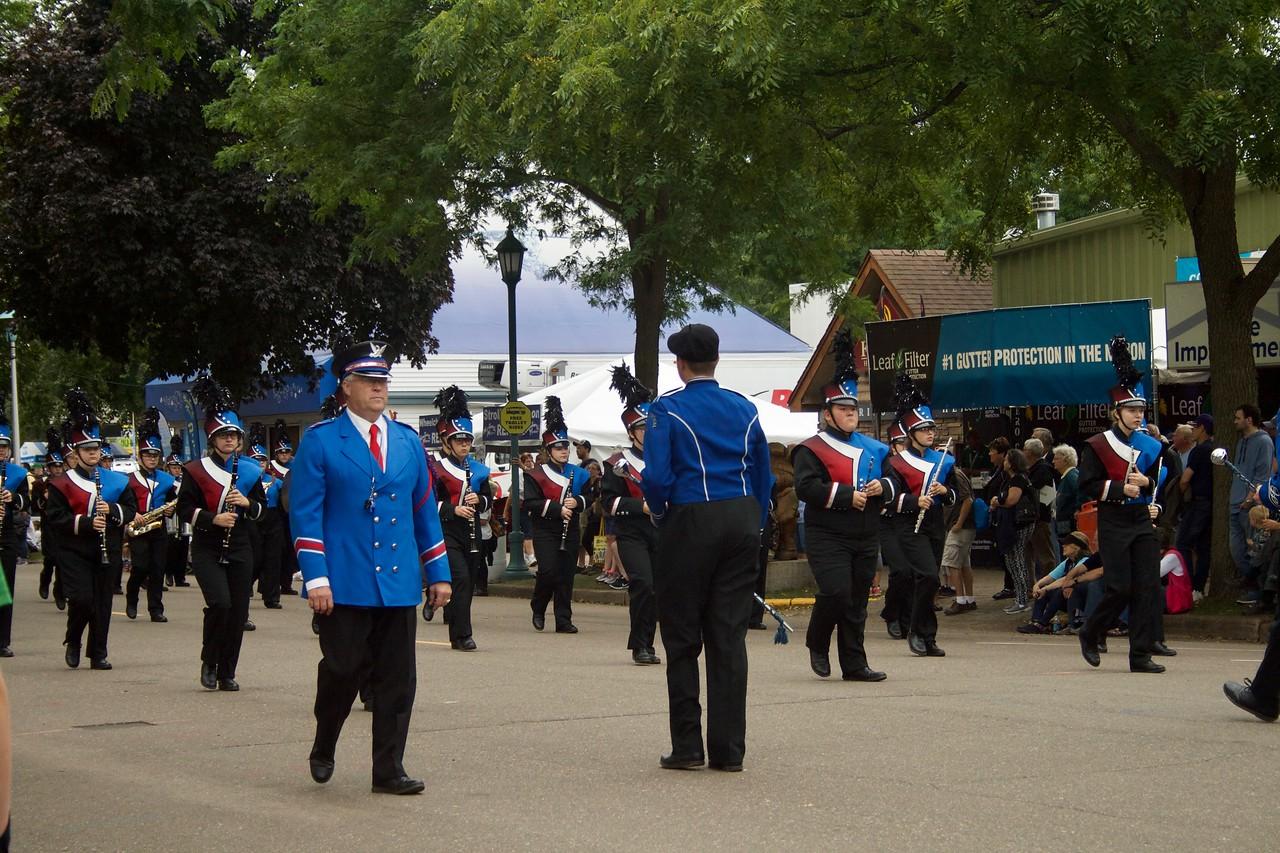 Parade 55