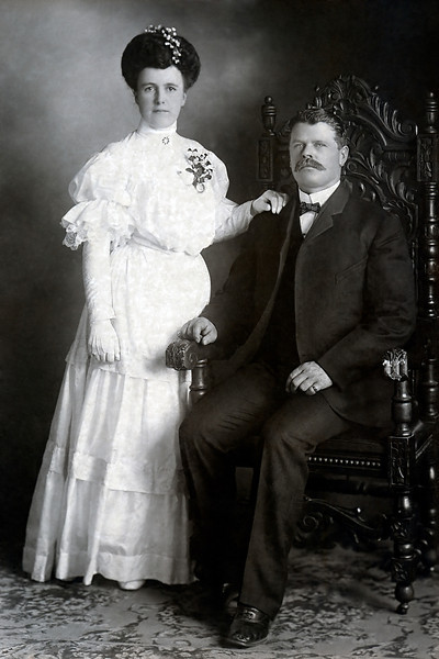 Callie Davis, one of Minnie's sisters, and Frank Smelser wedding portrait. May 17, 1905. Frank was 11 years older than Callie and died long before her. Callie remarried when she was 56 to Thomas B. Aspling. She buried one daughter Genevieve. I do not know what became of her.
