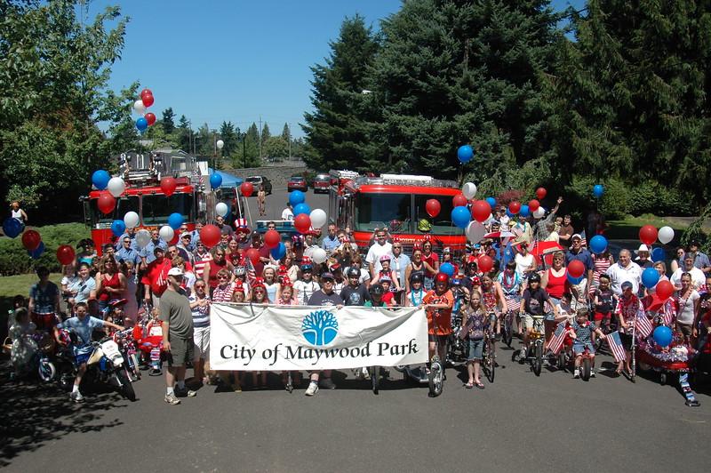 City of Maywood Park July 4th Parade 2007