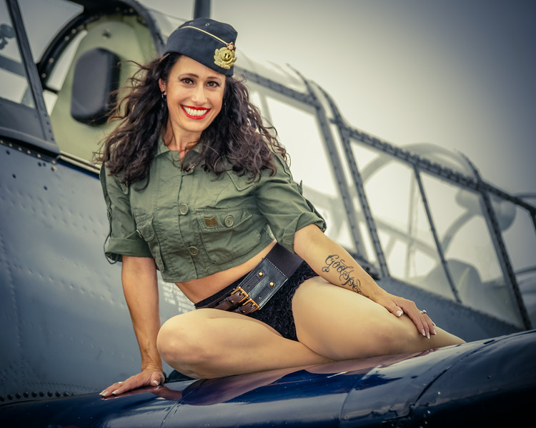 Pin Up Shoot, Air Expo 2014, Pinup Model, TBM Avenger, Pin Up Girl, Vintage Planes and Girls