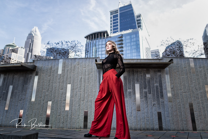 Had the pleasure of working with this beautfiul Fashion Model yesterday.  We had fun creating some great images, here is a wide angle portrait with Charlotte Skyline.  ....   @Adairesmithwick  ....