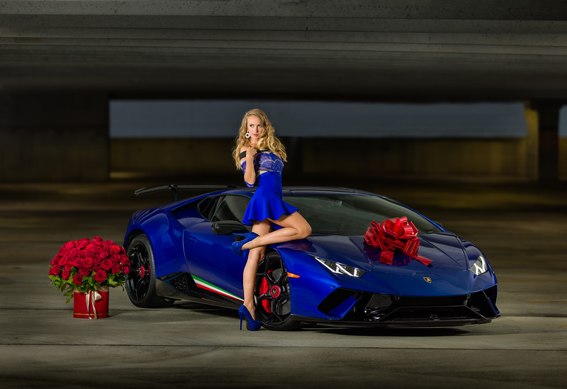 That Blue with Red accent works so well together.    Creating with my friends at NC AutoModels featuring Olga and a Lamborghini.    ............................................  Shot for:  @nc.automodels   Model:  @happy_lady_from_odessa  Coordinator: @melissa.xo.renee    Video: @edgarolvera_   Car: Lamborghini Huracan Performante  Owner:  @moemurad   ................................................................