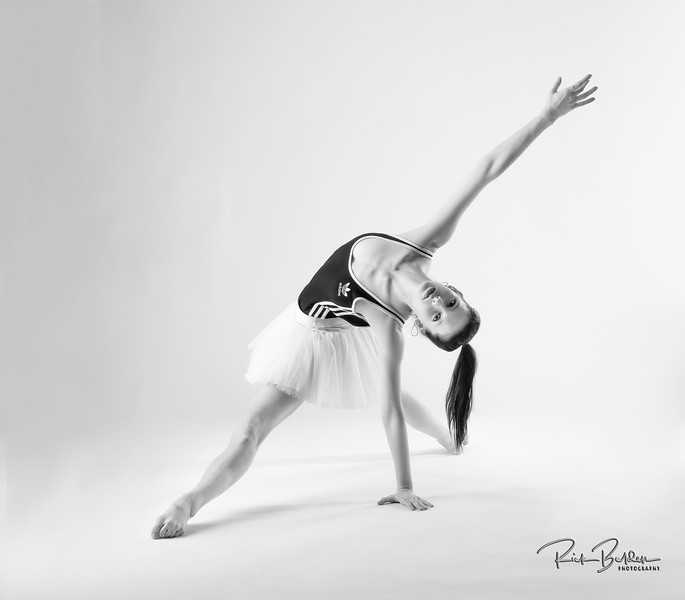 I love the way the black and white helps to bring out the drama in this beautiful Dancers poses.   Working with the talented  Ballerina Ms. @Sophmnelson recently in my studio.    Affiliation:  @Carolinaballet   Outfit by:  @Adidas  and @Adidaswomen   ......................................................................................................................................................................