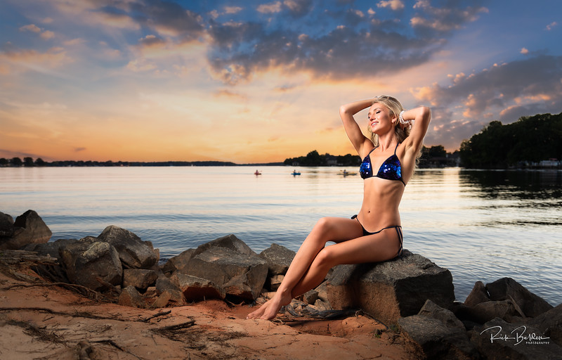 Late in the day Photoshoot on Lake Norman recently.  Impossible to take a bad photo of my Model friend Ms. Olga Clevi!      Photo Copyright @RickBeldenPhotography  Model:  @happy_lady_from_odessa          ...................................................