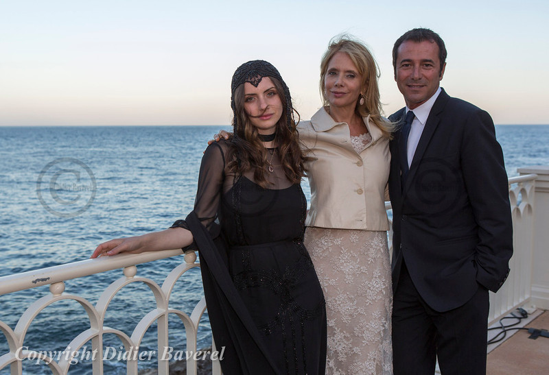 Soiree Orange au Monte Carlo Bay. Rosanna Arquette accompagnee de Bernard Montiel.
