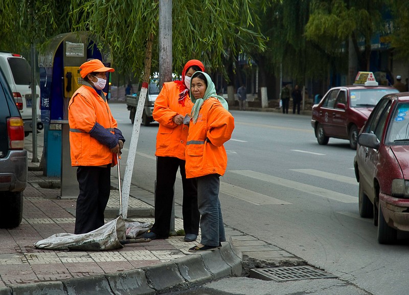 Street cleaning crew, Xining, China