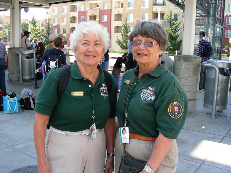 Guides Carla Cabanatuan and Nancy Johnke wait for Train 11 at the Oakland Amtrak station (2008). Margaret Styles photo.