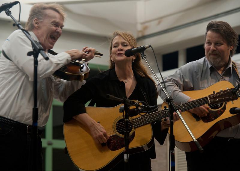 Frank Wakefield, Kathy Devine & Bob Harris
