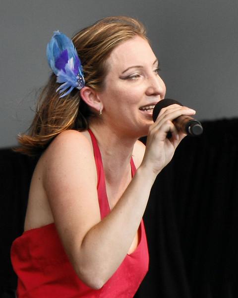 The Unsettlers - Genevieve Schreier