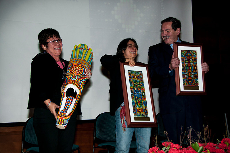 Jackeline Rojas, Judith Maldonado, and the Jose Alvear Restrepo Lawyer's Collective were named the winners this year.  Those awarded each received an original weaving made exclusively for the recipients by members of the Kamentsa indigenous community, located in the department of Putumayo.