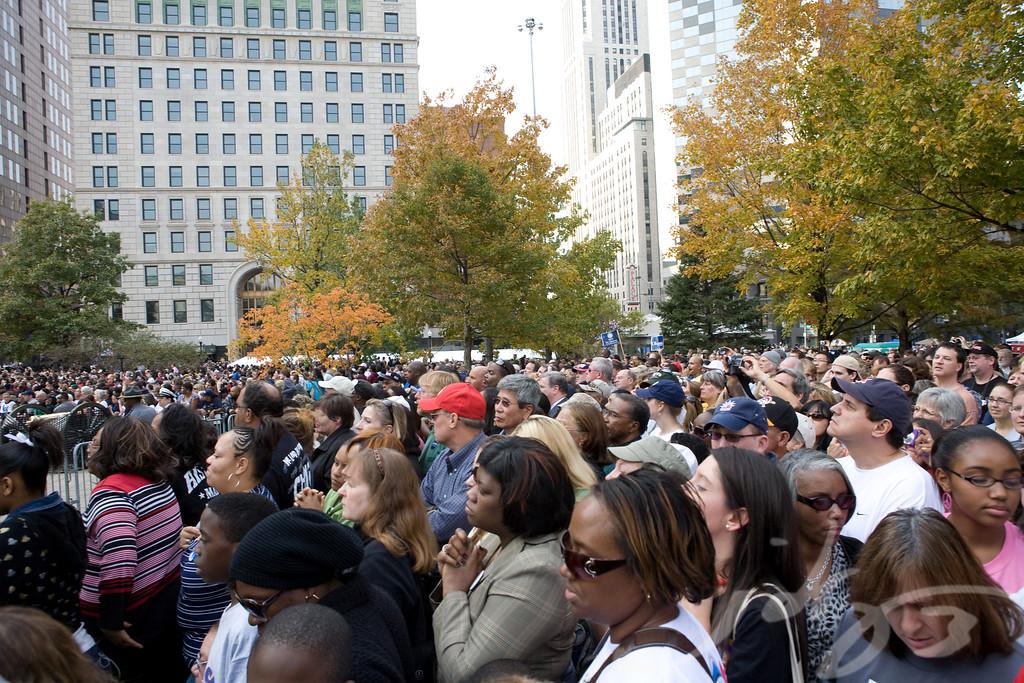 Crowd #5