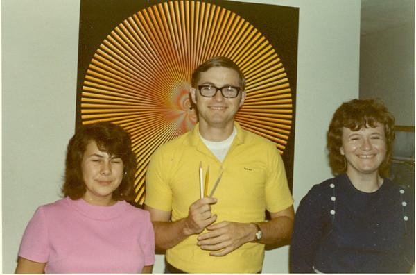 1971 Jeanette Bob Pat Sept